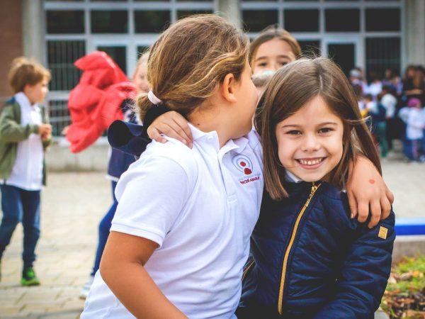 Bambini a Scuola - Scuola primaria Canossiane Legnago